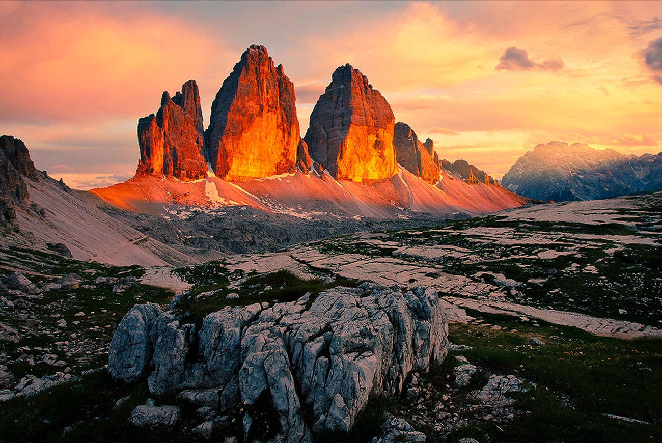To hike around the Tre Cime di Lavaredo, the most famous mountains in the Dolomites, is a must for every hiking enthusiast.