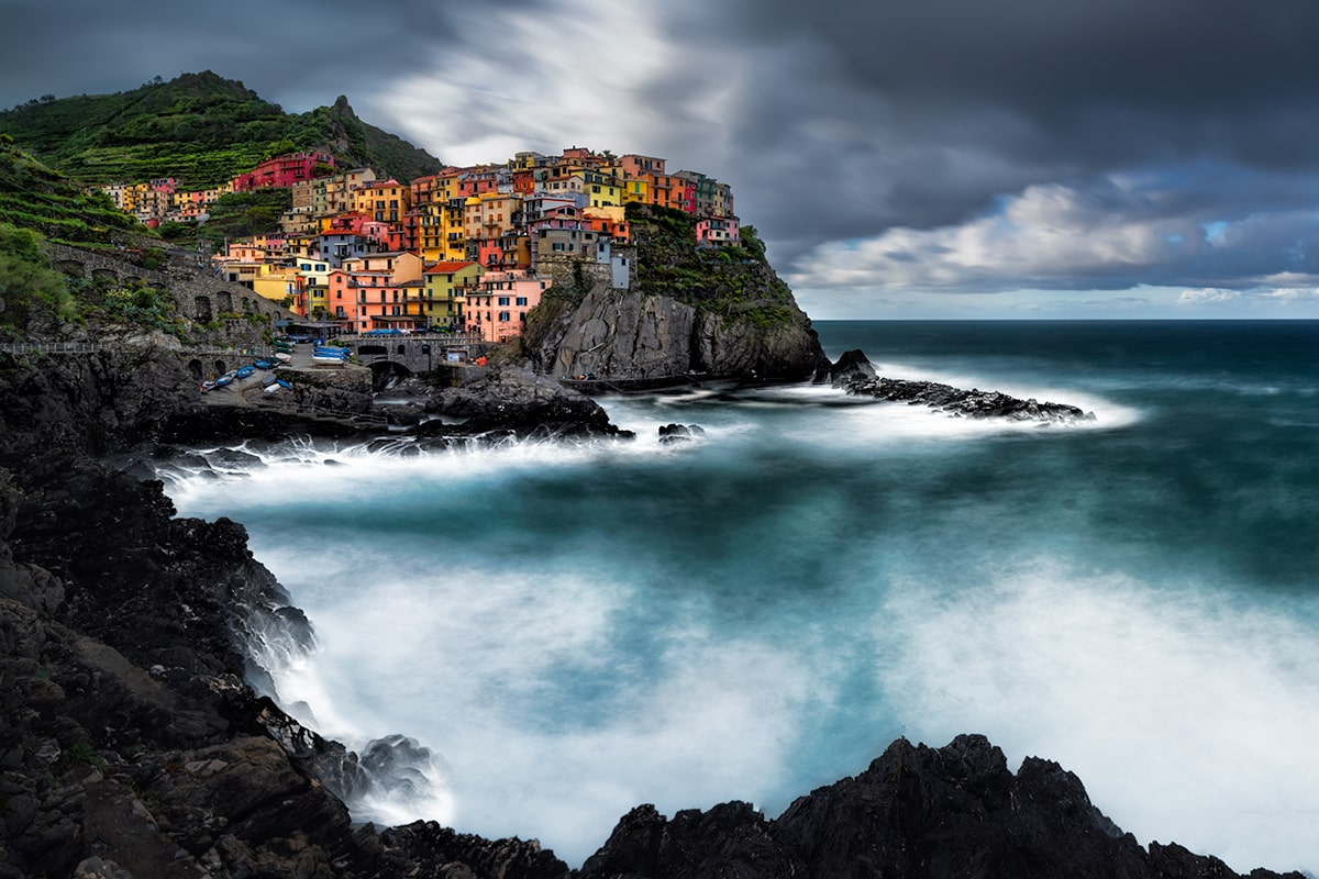 Manarola is one of the famous scenic villages of the scenic 'Cinque Terre' coast in eastern Liguria
