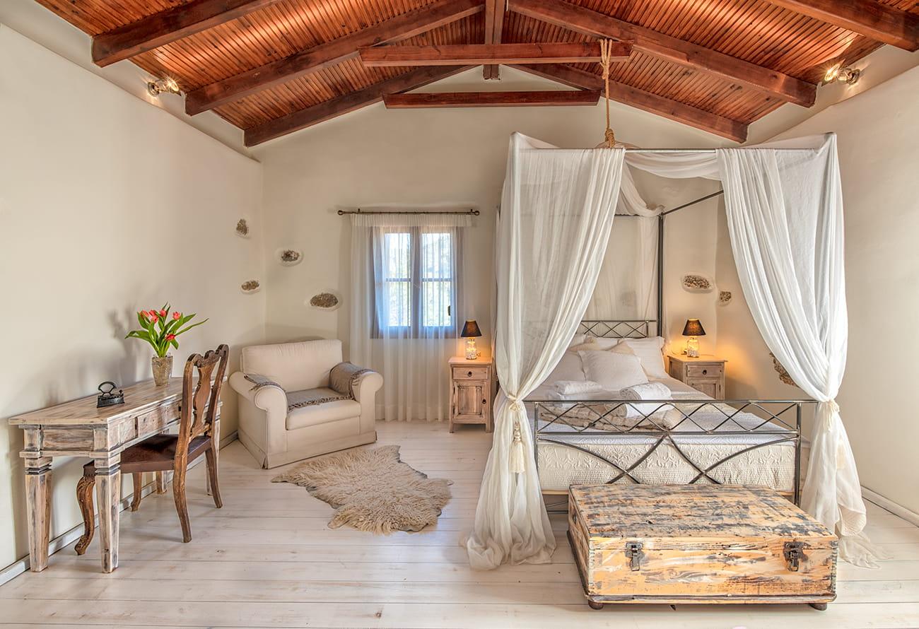 verekinthos villa interior